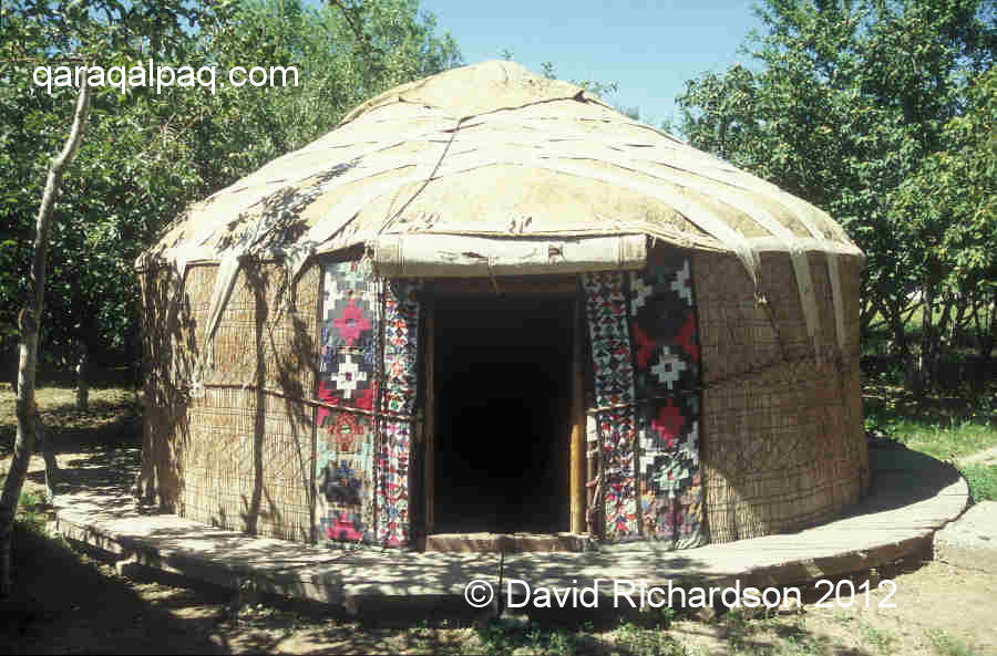 The completed yurt
